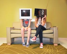 TVinmyhead-2yellow-web